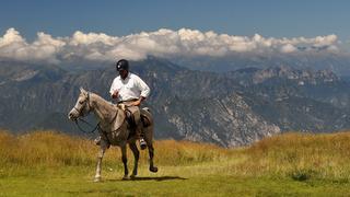Samotny jeździec na Monte Baldo.