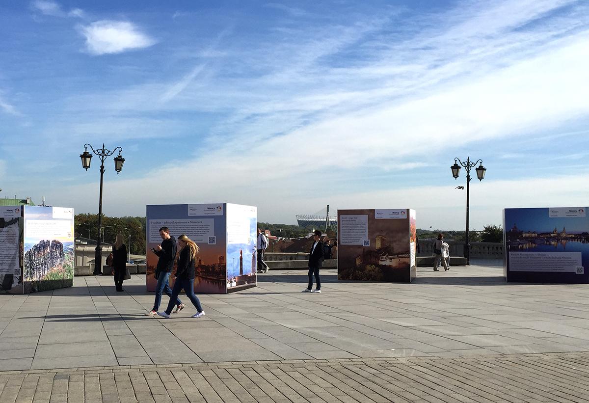 Warszawa atrakcje: wystawa na Placu Zamkowym