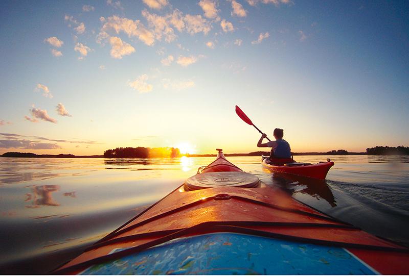 Na niektóre wyspy w Helsinkach można dopłynąc tylko łodzią lub kajakiem
